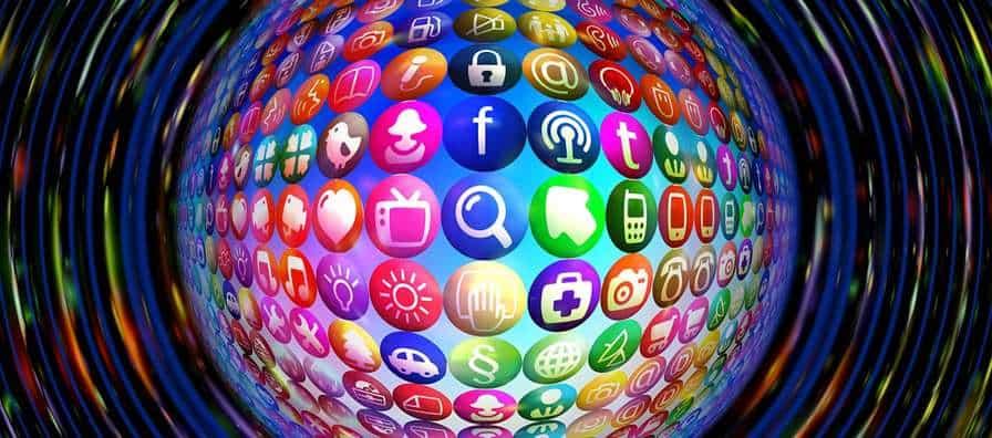 Les xarxes socials on es pot trobar una agència de traducció