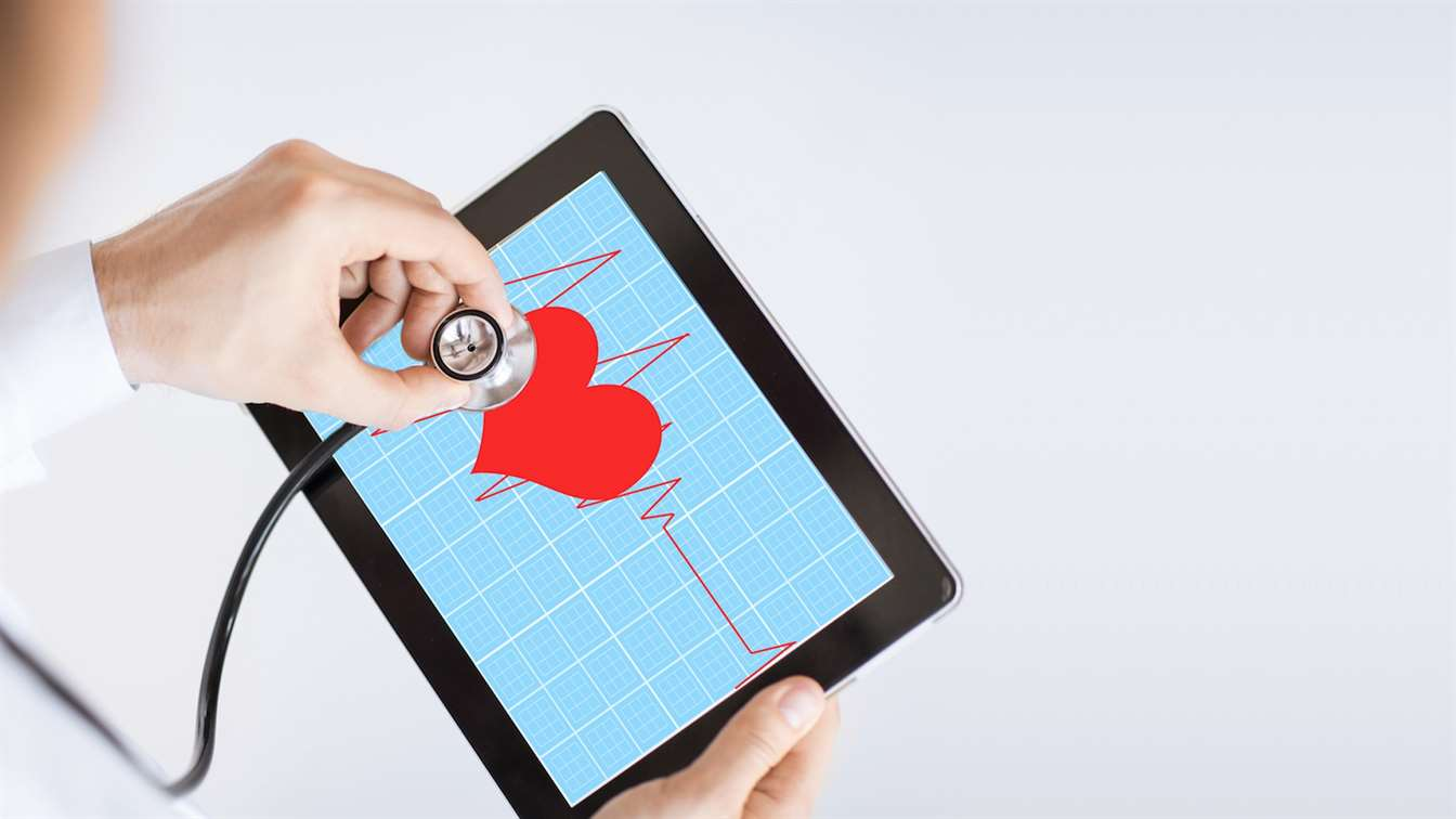 6 passos multilingües per fer màrqueting mèdic a Internet